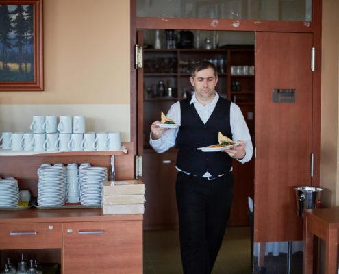 Hotel Energetic - Číšník